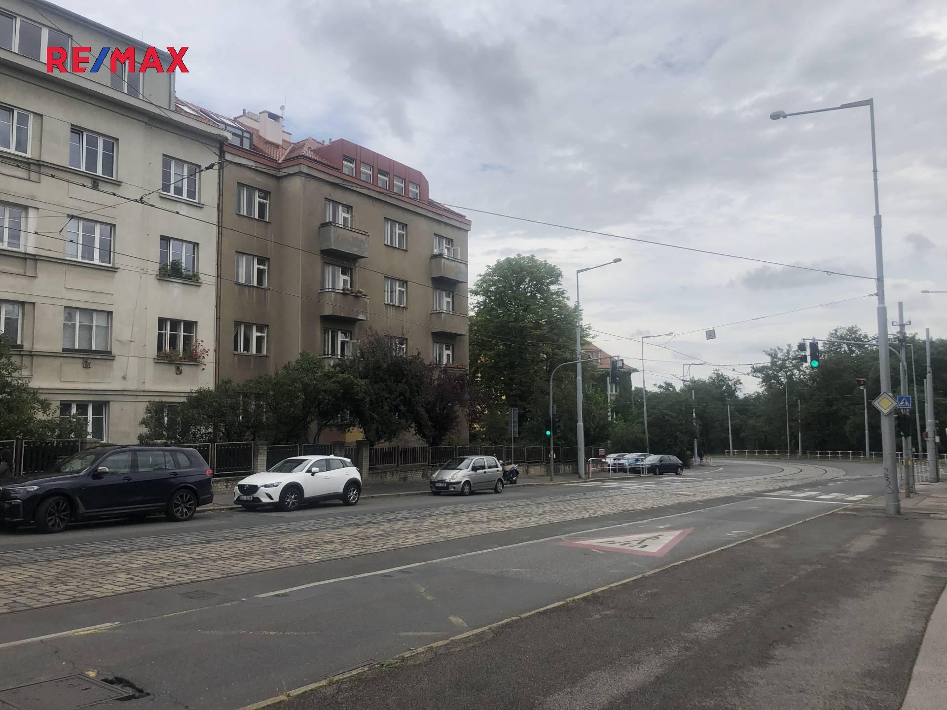 Pronájem bytu 2+1, 47m2, Praha 6 – Střešovice