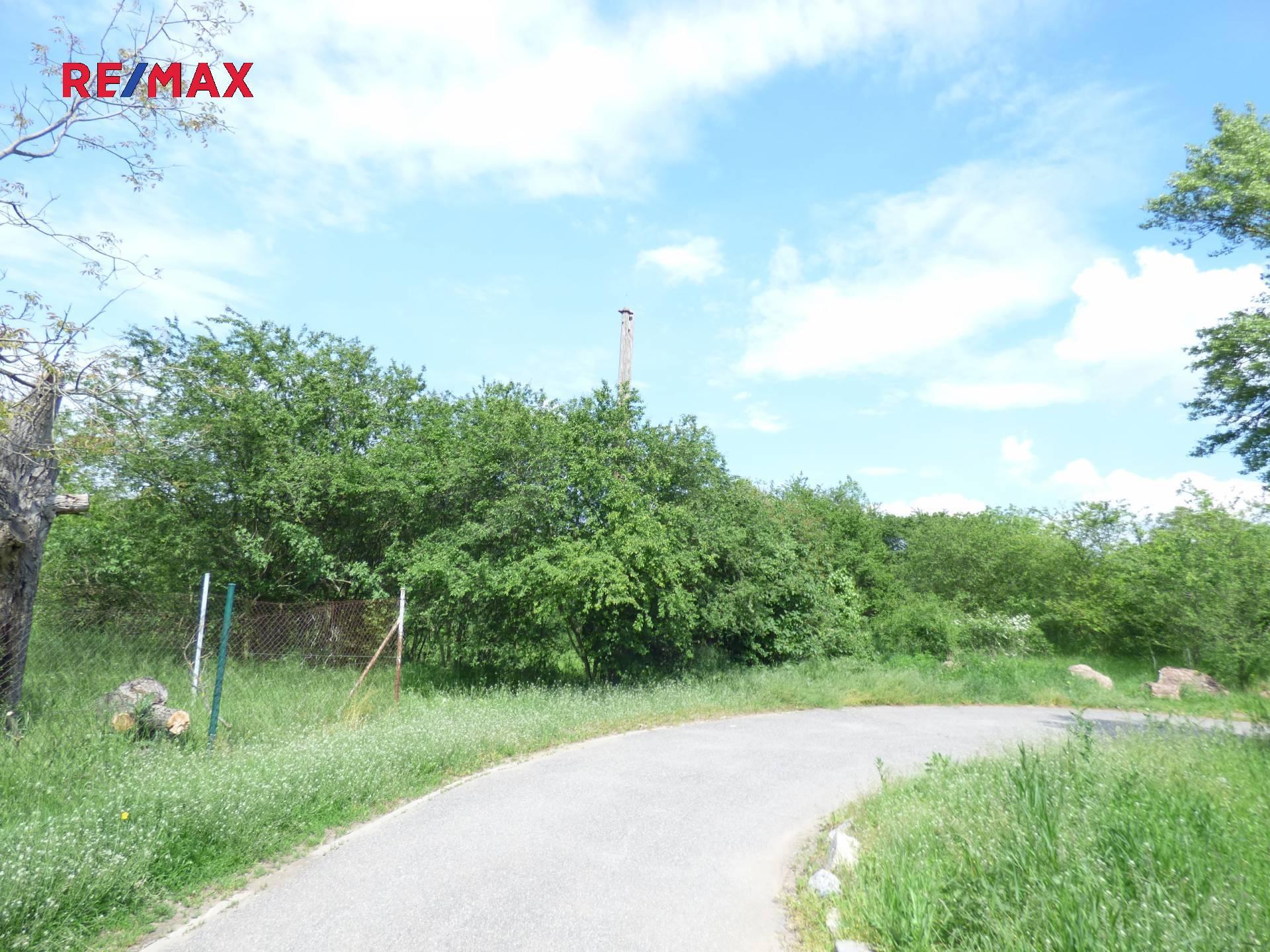 Prodej pozemku 15 495m2, Praha – Radotín
