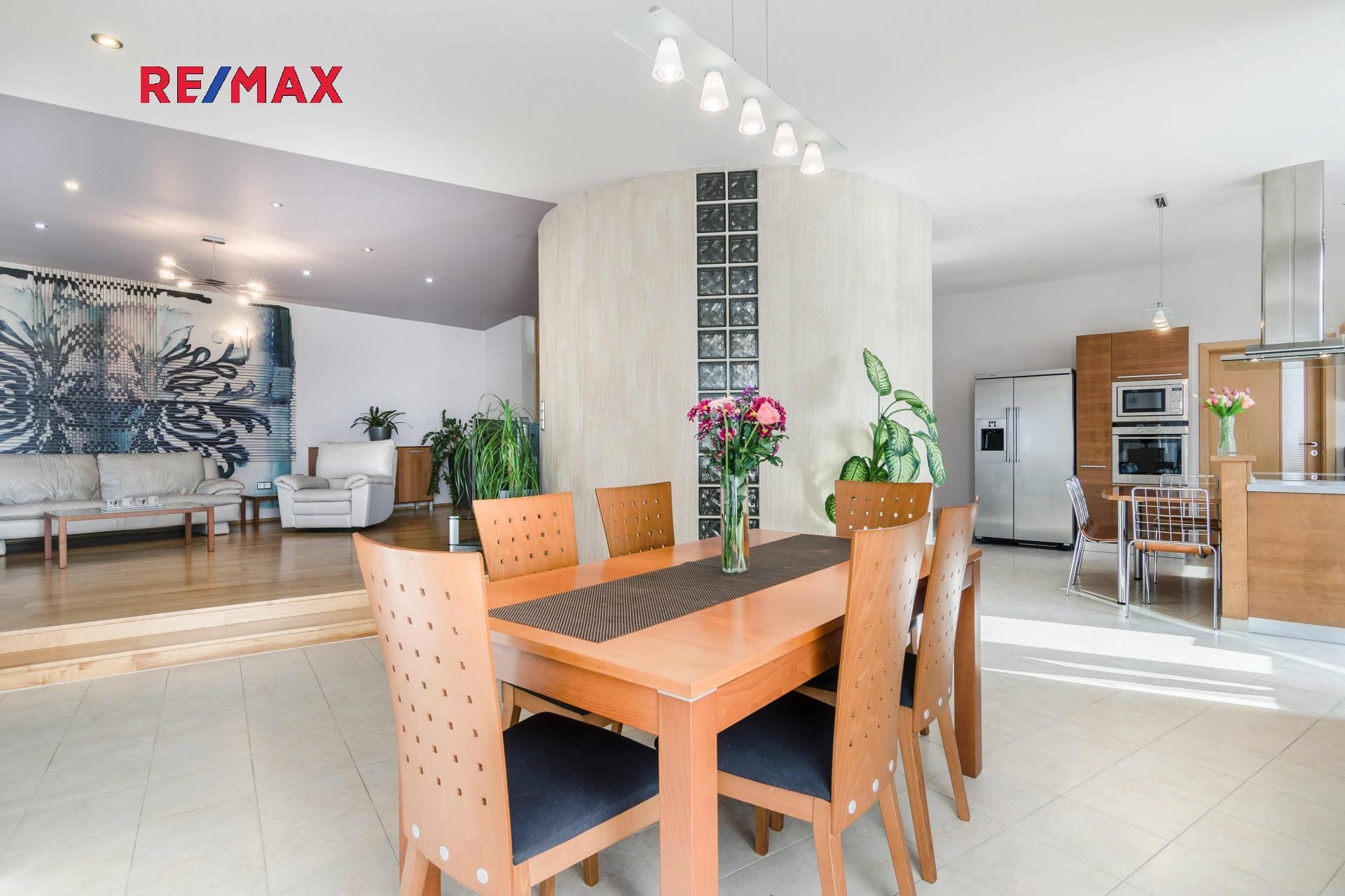 Prodej luxusní vily 550 m2 v Liberci 14 Ruprechticích