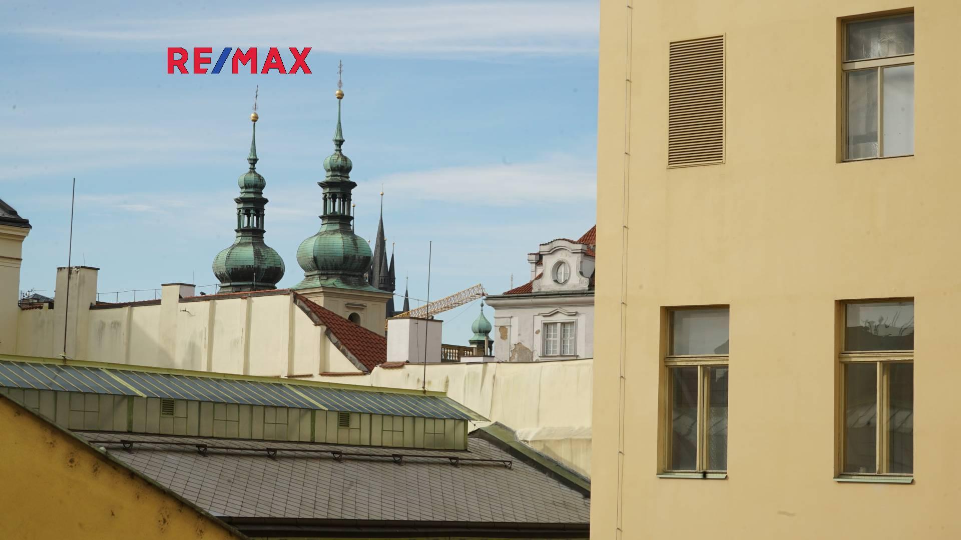 Prodej luxusního bytu 3kk (83 m2)  v osobním vlastnictví  v historickém centru Prahy