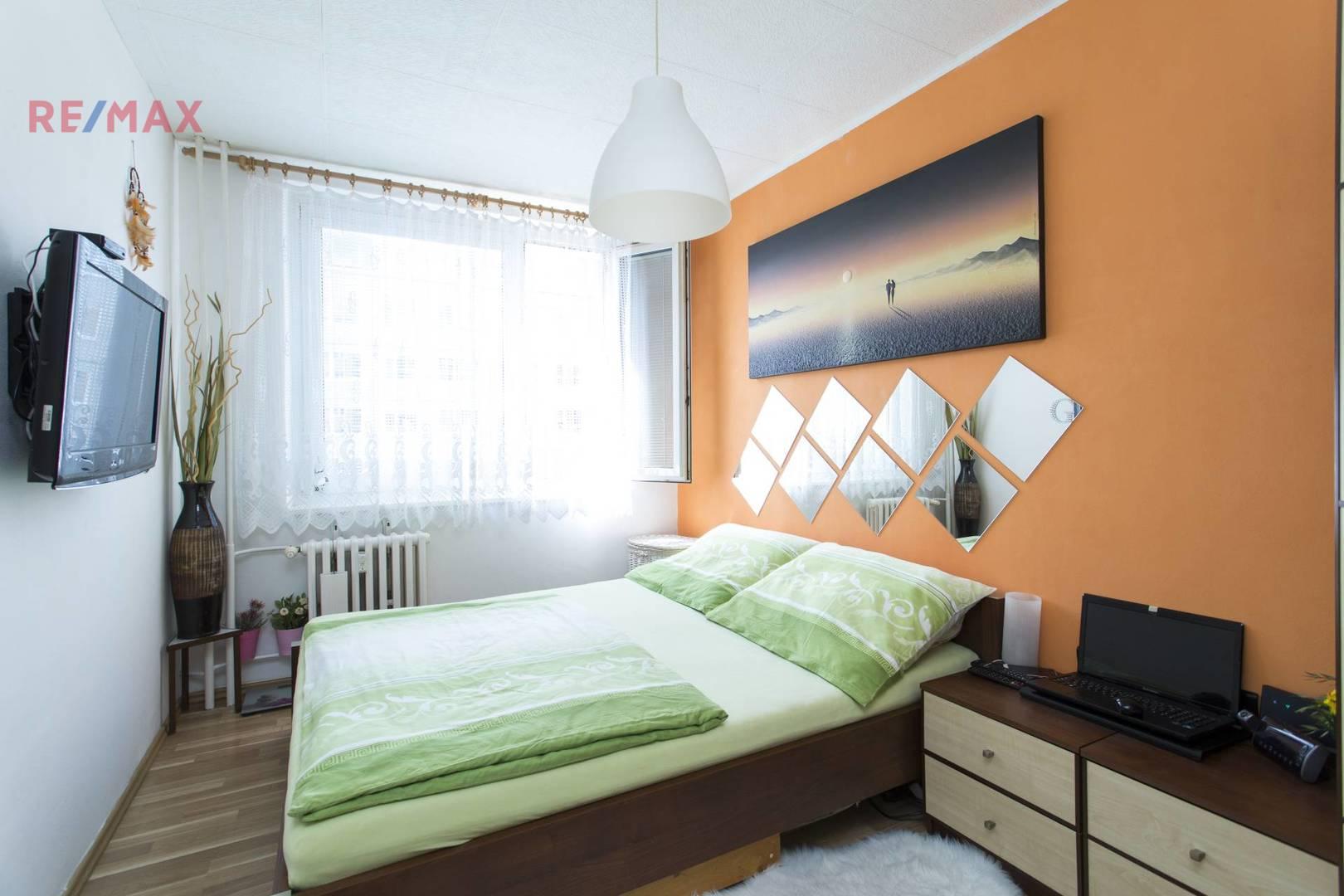 Prodej bytu 2+kk, 43 m2, Praha
