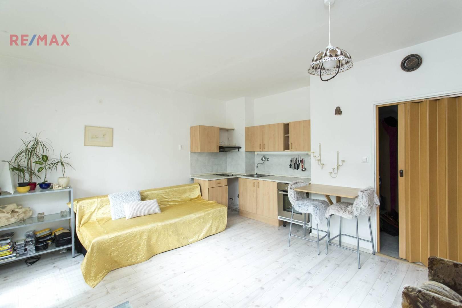 Prodej bytu 1+kk, 31 m2, Praha